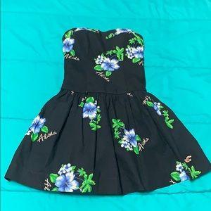 EUC Hollister strapless navy Hawaiian flower dress